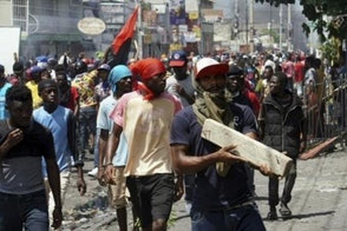 Photo of Haitianos preparan jornada de cacerolazos contra ola de secuestros en el país