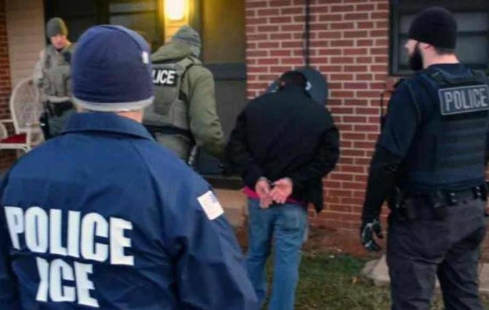 Photo of Inmigración arremete contra NY por restringir acceso a datos licencias