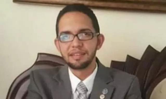 """Photo of Abogado se suicida porque """"olvidó información de casos complejos"""""""