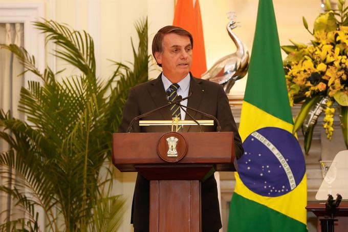 Photo of Bolsonaro se niega a destituir a su jefe de prensa, investigado por presunta corrupción