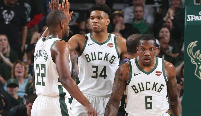 Photo of Bucks primer equipo en asegurar su clasificación