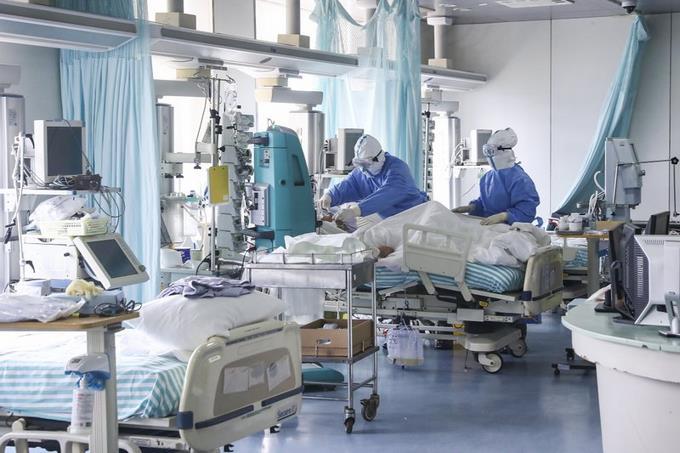 Photo of COVID-19 infecta más de 1.700 trabajadores de salud en China