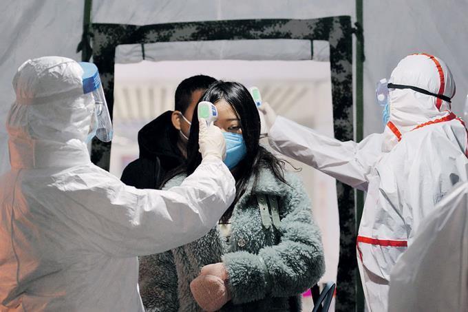 Photo of China reporta 143 muertos el sábado por coronavirus y Francia el primer deceso por la enfermedad en Europa