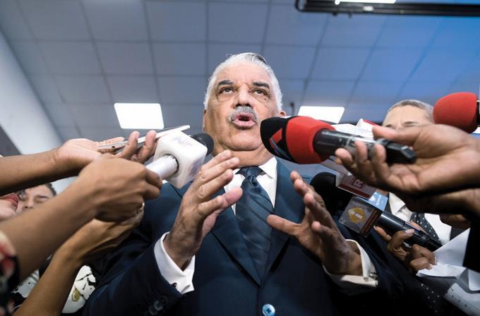 Photo of El gobierno prepara respuesta a declaraciones de Diosdado