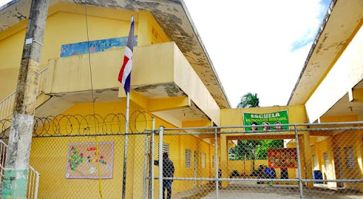 Photo of Temen colapse escuela por las grietas que tiene
