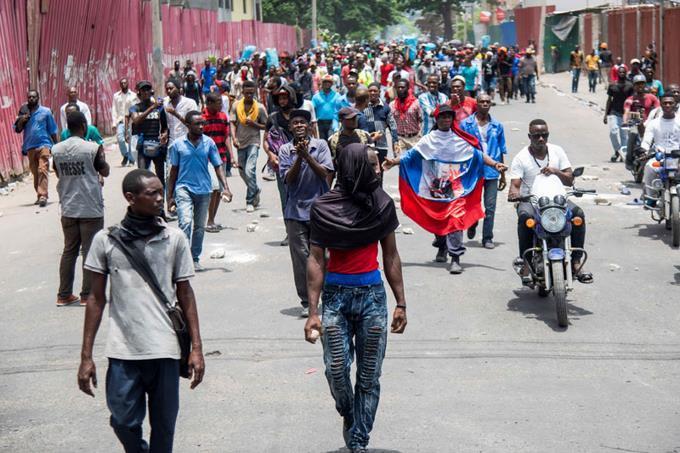 Photo of Ejército y Policía se comprometen a buscar «soluciones» a problemas de seguridad en Haití