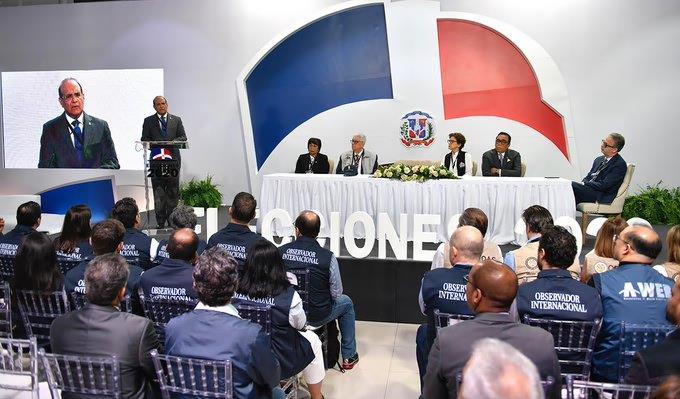 Photo of JCE busca soluciones con partidos ante problema voto automatizado