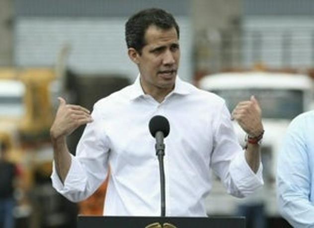 Photo of Familiares confirman que un tío de Guaidó fue detenido tras llegar a Caracas
