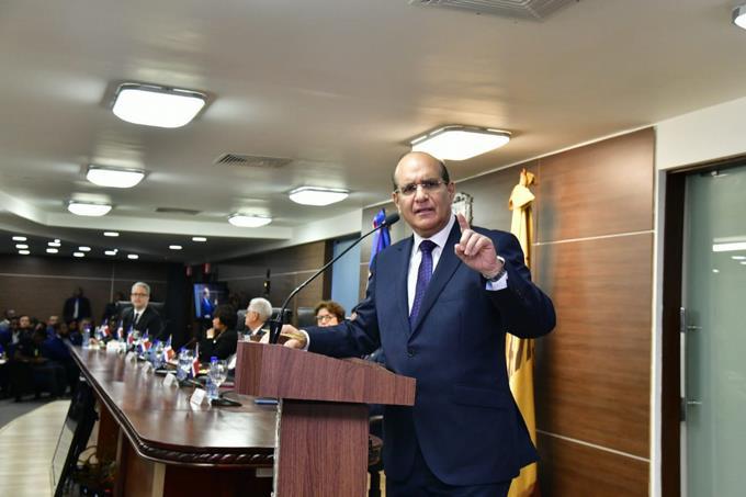 """Photo of """"Mentira, usted no iba ganando nada"""", dice presidente JCE a partidos que dijeron llevaban ventaja en elecciones suspendidas"""