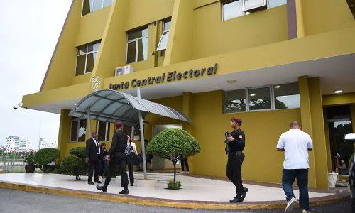 Photo of JCE refuerza la seguridad con miras a comicios municipales del domingo