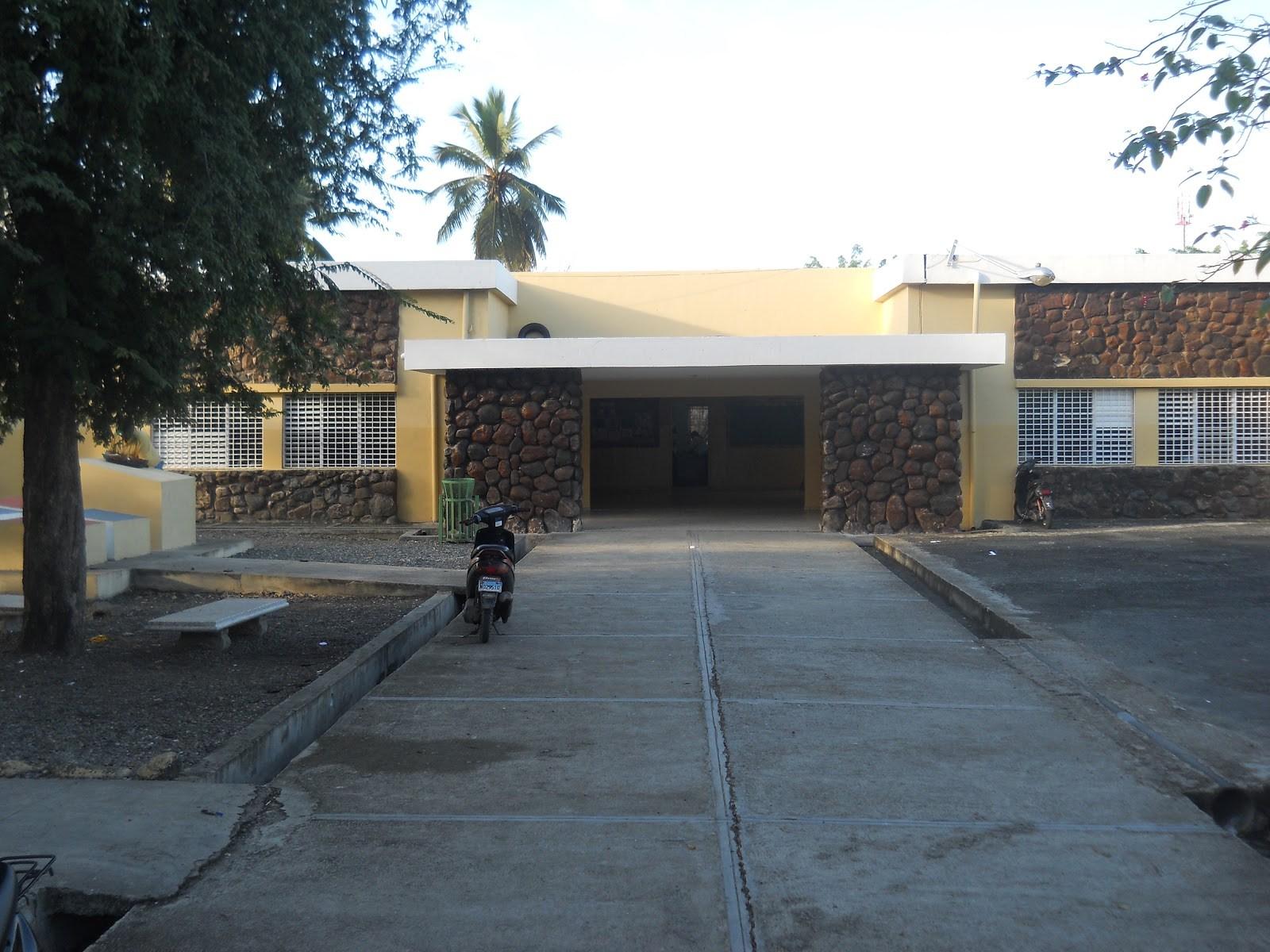Photo of Vuelven a requisar liceo de SFM en busca de armas