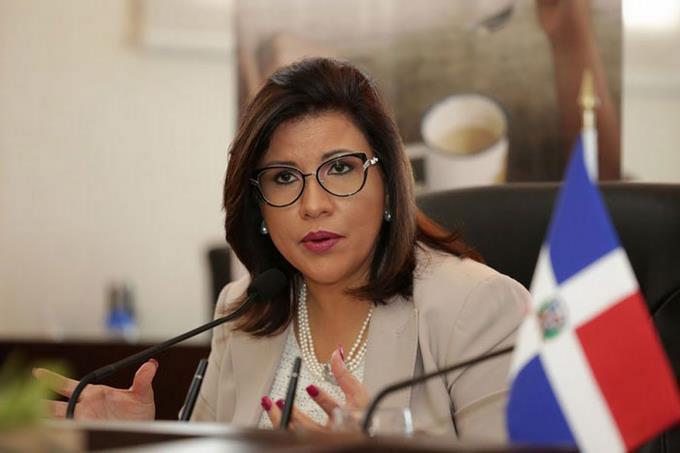 """Photo of Margarita Cedeño: """"El daño que se ha hecho hoy a nuestra democracia es vergonzoso"""""""