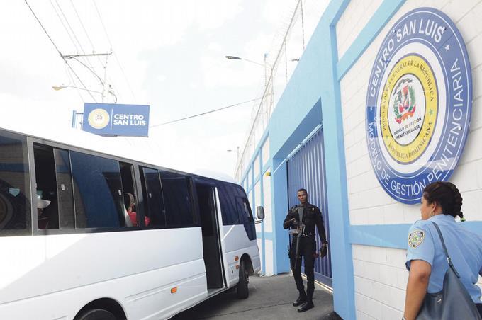 Photo of Nueva cárcel de San Luis empieza a recibir sus primeros inquilinos
