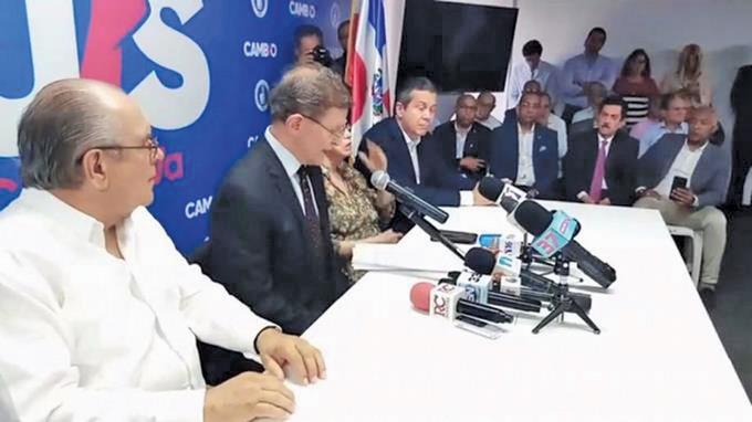 """Photo of PRM llama al Ministerio de Defensa """"el comando de campaña del PLD"""""""