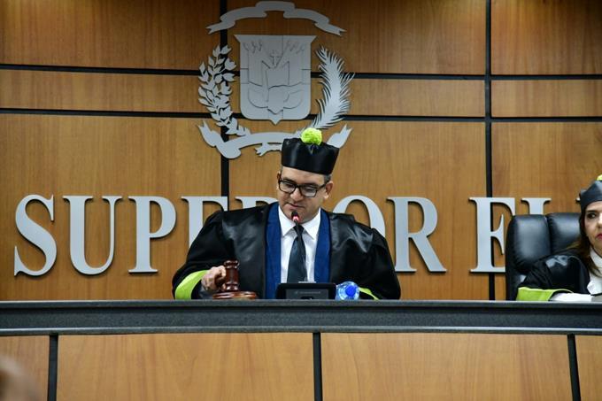 Photo of TSE se declara incompetente en conocimiento de recurso de amparo contra Danilo Medina e Iris Guaba