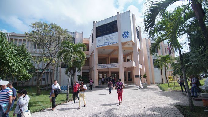 Photo of (VIDEO) Estudiante denuncia supuesto acoso de un profesor de la UASD-SFM