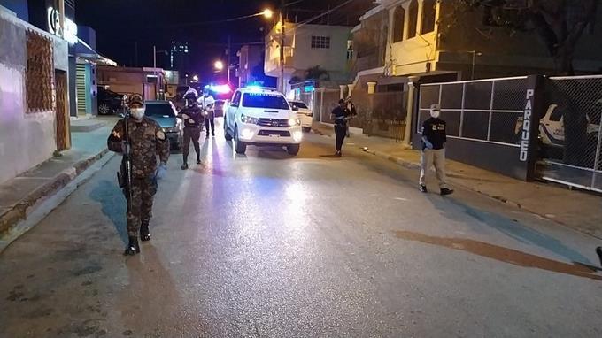 Photo of 5,727 personas detenidas por violar el toque de queda en tres días