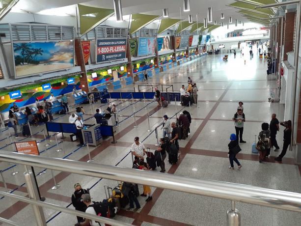 Photo of Más de 11 mil turistas han salido del país en vuelos de rescate