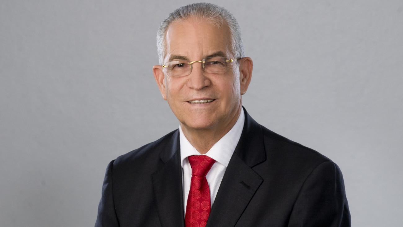 Photo of Salud Pública confirma muerte del embajador Antonio Vargas por COVID-19