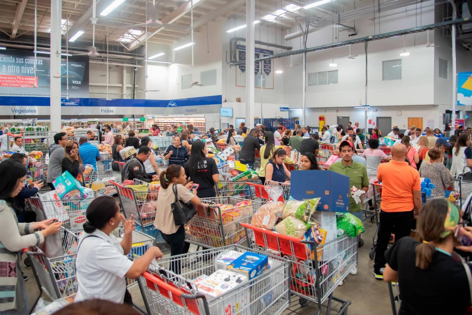 Photo of ProConsumidor pide a la gente que compre con prudencia y calma
