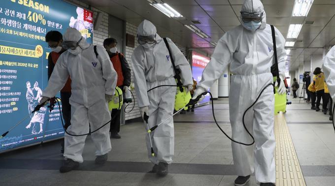 Photo of Acusan de terrorismo a 2 hombres en EEUU por toser y decir tener coronavirus