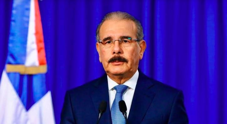 Photo of Gobierno declara emergencia nacional; suspende las actividades comerciales