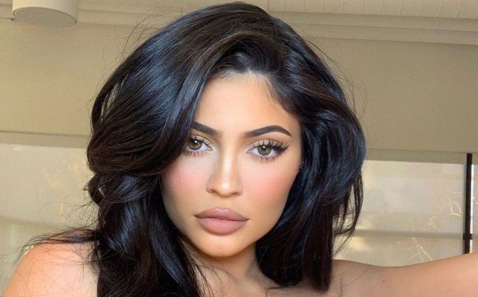 Photo of Kylie Jenner dona 1 millón de dólares a hospitales de California por COVID-19