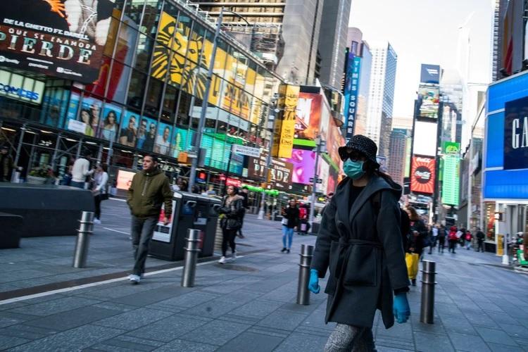 Photo of Alcalde Nueva York ordena cierre bares, restaurantes, teatros y cines