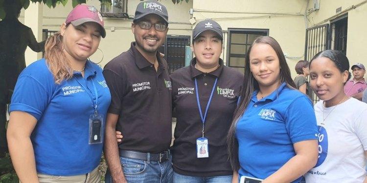 Photo of Dominicana Limpia anuncia jornada manejo residuos sólidos con estudiantes SFM