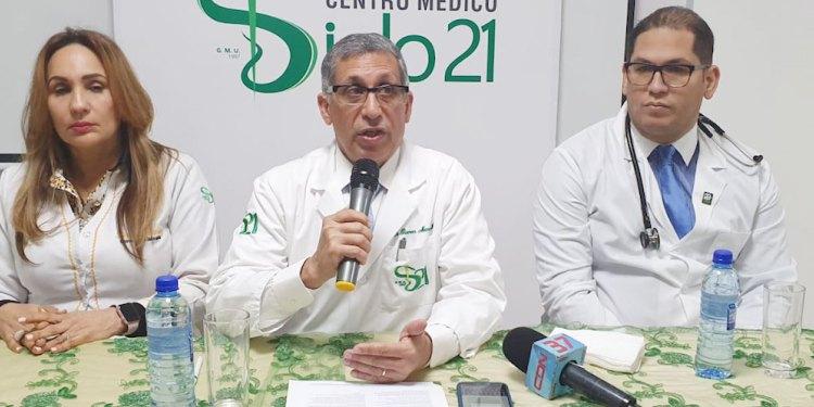 Photo of La dirección del Centro Médico Docente Siglo 21 afirma que está preparado para contribuir hacer frente a epidemia del coronavirus