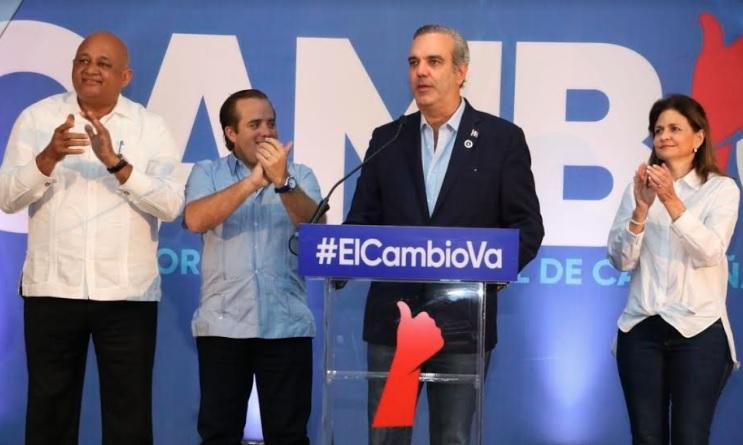 Photo of Luis Abinader considera comenzó nueva era en la historia dominicana