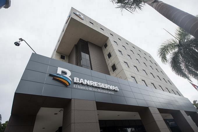 Photo of Bancos anuncian horario especial