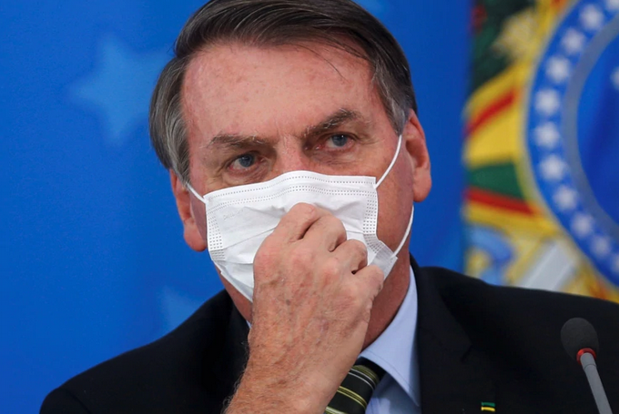Photo of Bolsonaro, antes escéptico, ahora dice ser líder antivirus