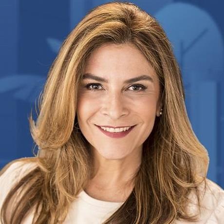 Photo of Carolina Mejía, la primera mujer a la alcaldía de la Capital