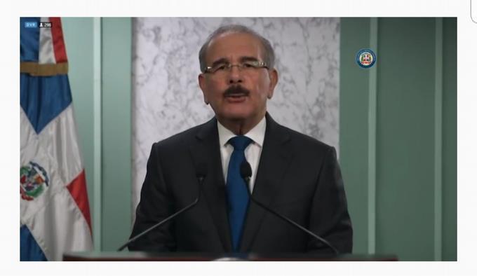 Photo of Danilo Medina sobre coronavirus: «Sabemos que en el proceso se han podido cometer errores»