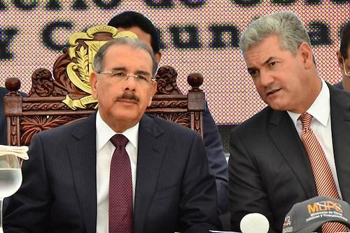 Photo of Leonelistas «felicitan» a presidente Medina por derrota del PLD
