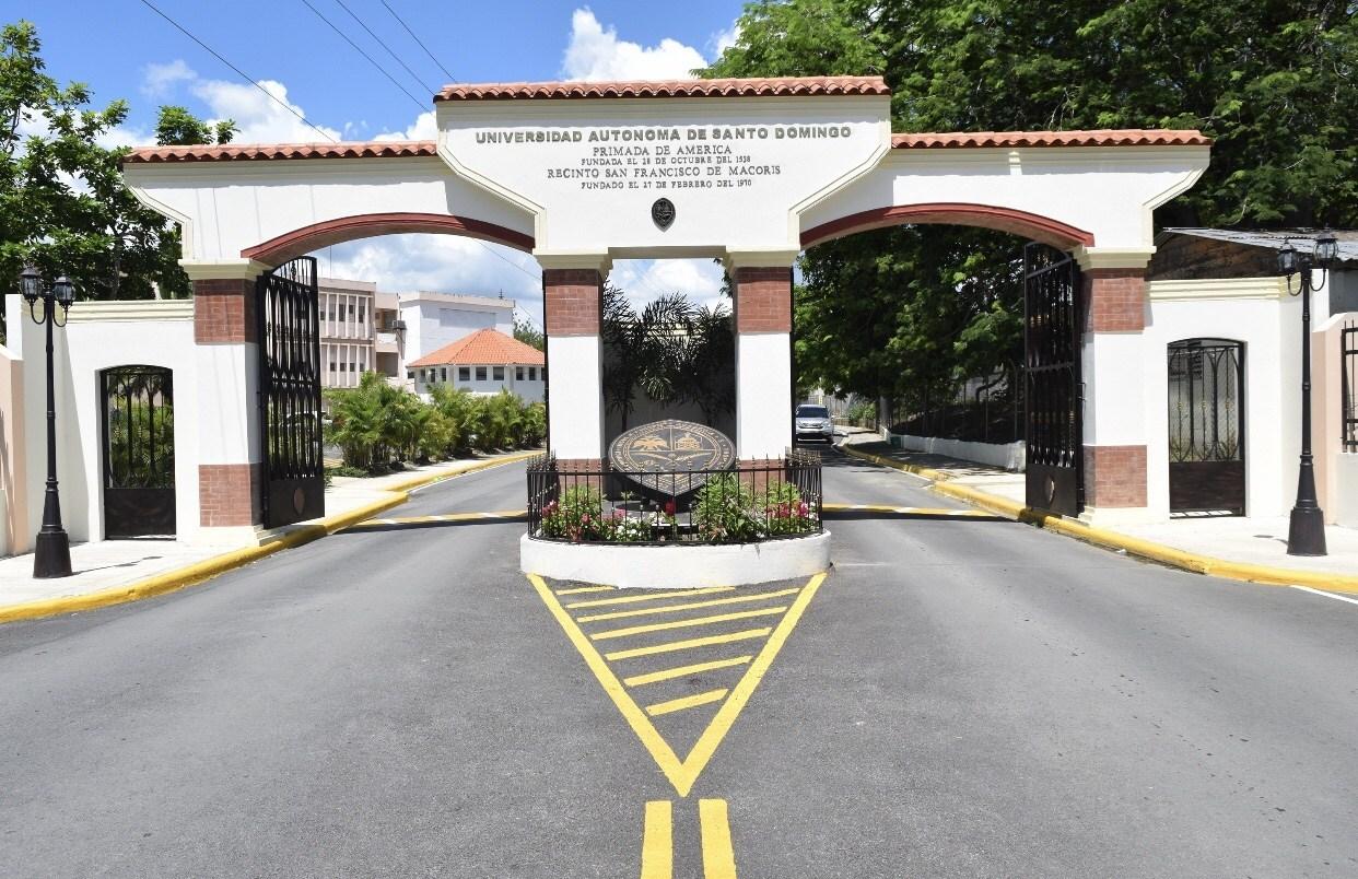 Photo of No corresponde a la UASD ni UCNE estudiante puertorriqueña dio negativo Coronavirus