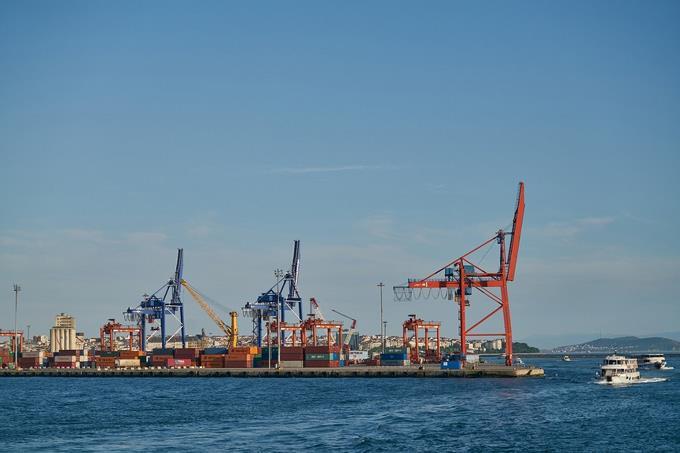 Photo of Importaciones vía acuerdos comerciales bajan en enero 5.50%