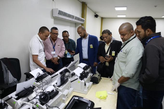 Photo of JCE realiza clonado de escáneres con software de prueba para fines de entrenamiento