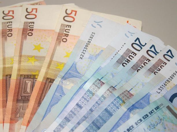 Photo of La OMS desmiente que el dinero en efectivo esté transmitiendo el coronavirus