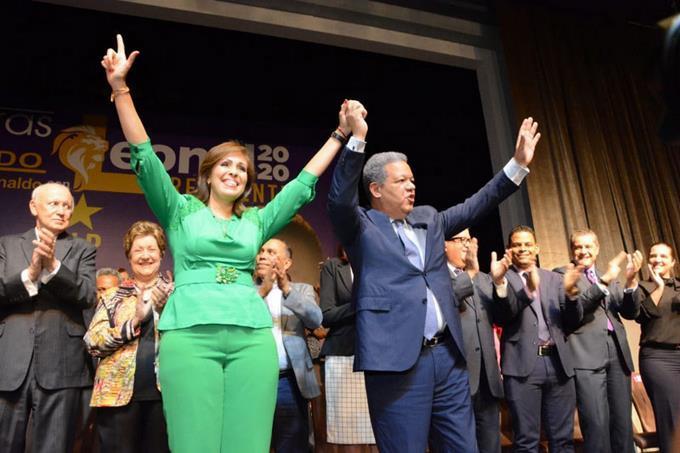 Photo of Leonel le propuso a esposa de Reinaldo la candidatura vicepresidencial