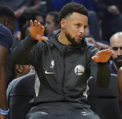 Photo of Los Warriors esperan a Curry este jueves