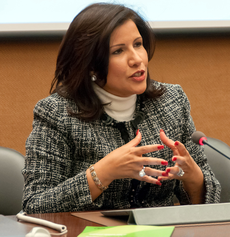 Photo of Vicepresidenta minimiza encuesta Greenberg que da ganador Abinader