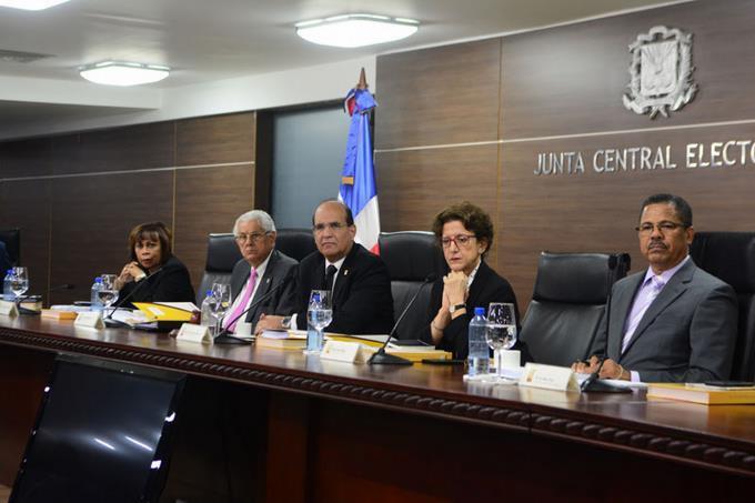 Photo of Pleno JCE ratifica que plazo para inscripción de candidaturas vence el martes