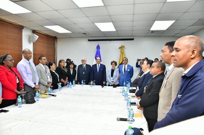 Photo of Pleno JCE y secretarios juntas municipales se reúnen para tratar cronograma de actividades de cara a elecciones
