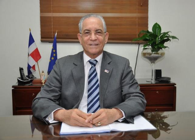 Photo of ¿Quién era el embajador Antonio Vargas Hernández que falleció por coronavirus?