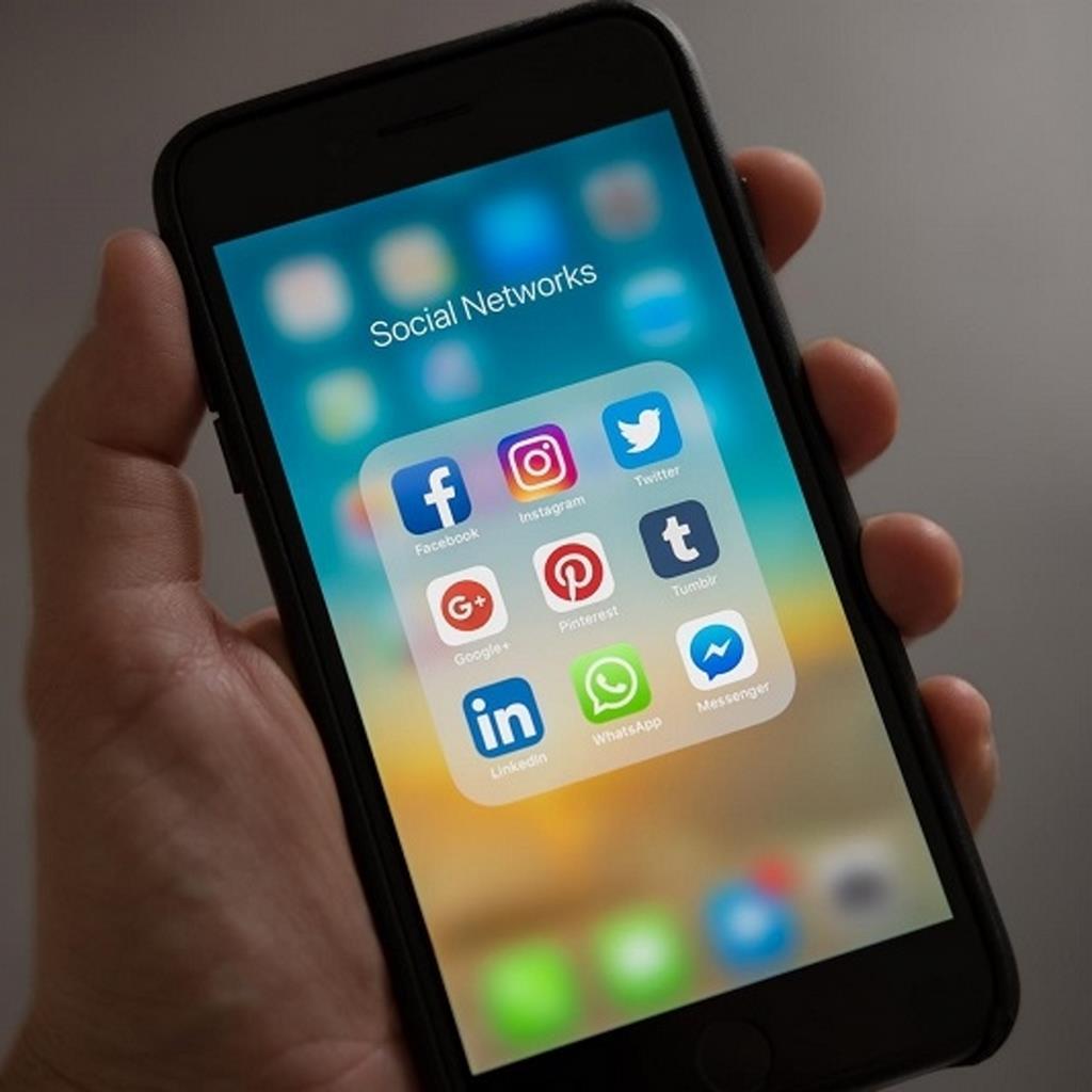 Photo of Redes sociales como Facebook y Pinterest toman medidas para evitar la desinformación sobre el coronavirus