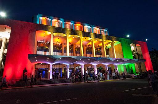 Photo of Teatro Nacional cierra sus puertas hasta el 1 de abril por Covid-19