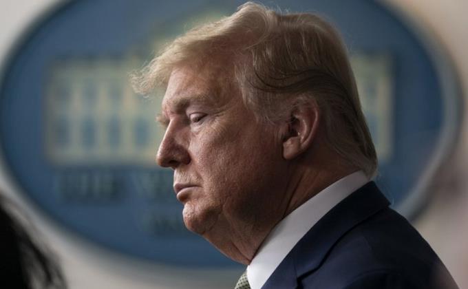 Photo of Trump anuncia el «cierre temporal» de la frontera con Canadá por COVID-19