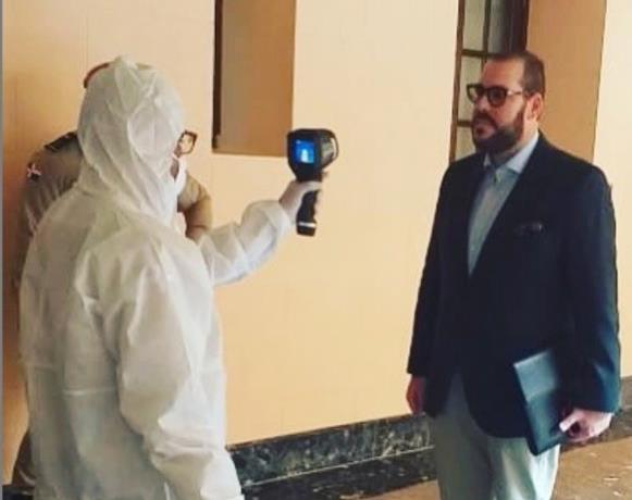 Photo of Víctor Gómez Casanova y el hijo del canciller Miguel Vargas dan negativo a coronavirus
